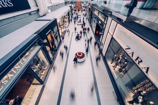 brick and mortar stores as part of omnichannel strategies